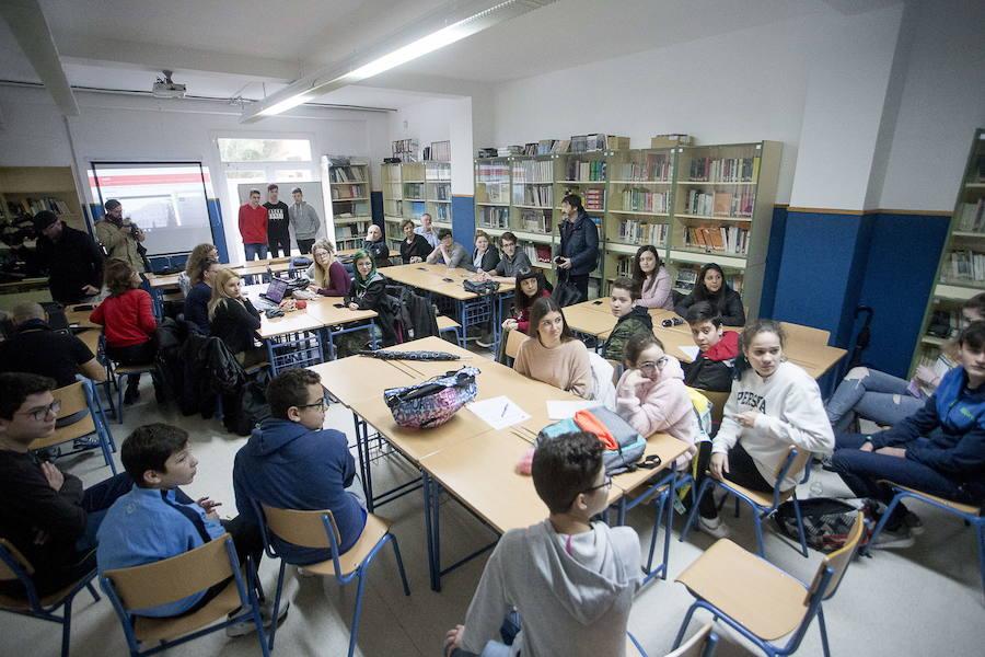 Este jueves acaba el plazo para entrar en la bolsa de empleo de profesores en Andalucía: estos son los requisitos
