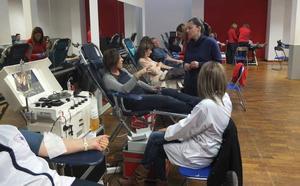 Granada necesita 150 donaciones de sangre diarias para cubrir los servicios hospitalarios