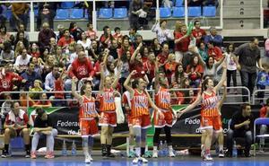 Triunfo del ISE CB Almería para mantenerse pegado a los puestos de privilegio