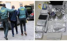 La Guardia Civil alerta del timo de los billetes tintados: así te pueden engañar