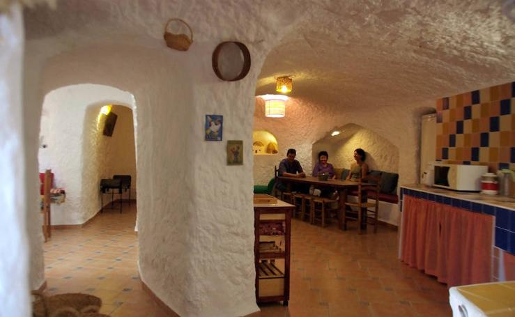 Lugares desconocidos de Granada para irte de puente