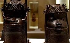 Francia estudia restituir las colecciones de arte africano a sus países de origen