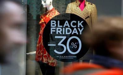 Black Friday en ropa y calzado: así son las ofertas en Zara, Pull and Bear, Cortefiel, Stradivarius y Mango