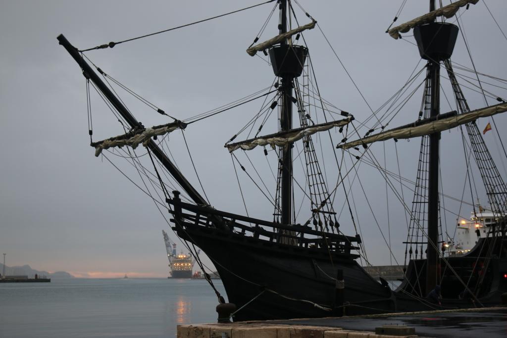 La nao Victoria ya está en el Puerto de Motril