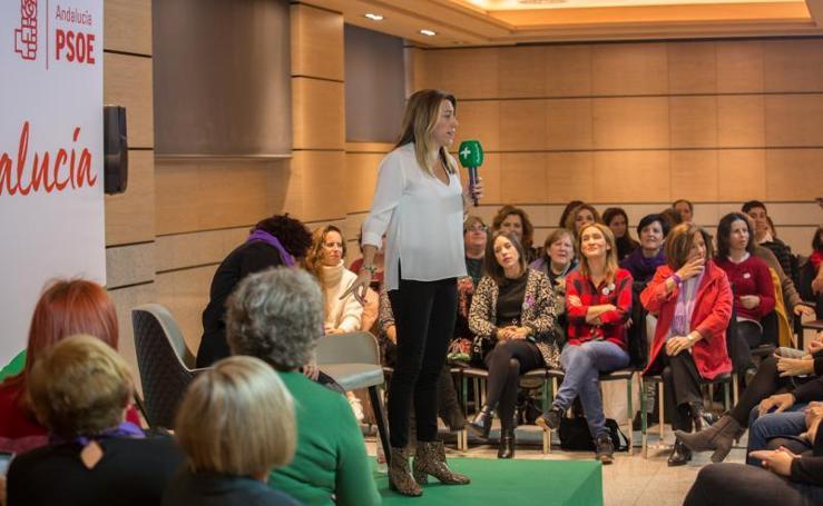Así ha sido el acto de Susana Díaz con mujeres en el hotel Saray en el Día contra la violencia de género
