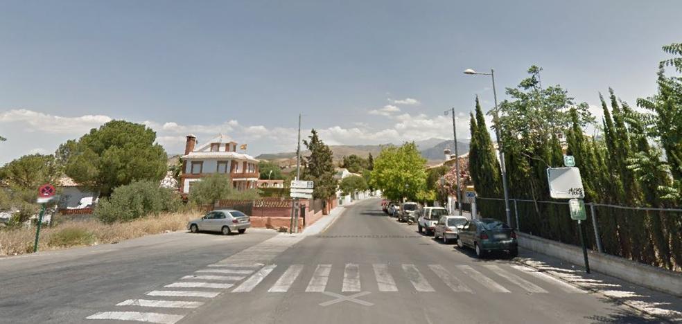Una joven está grave tras ser atropellada en Huétor Vega por un turismo dado a la fuga