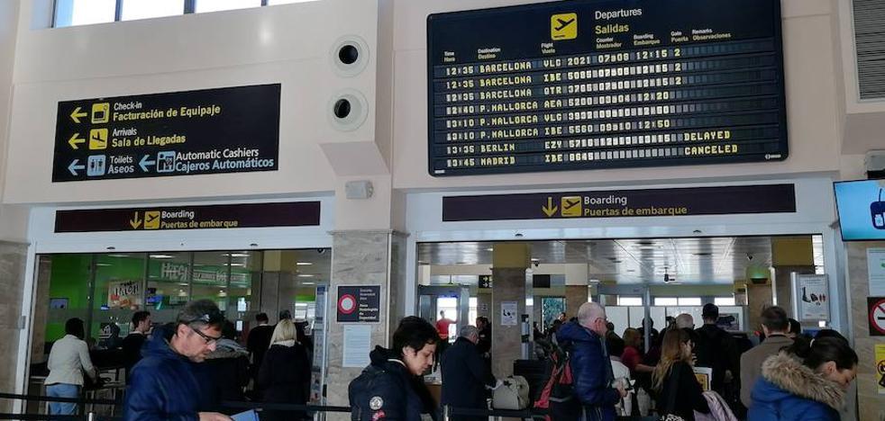 El aeropuerto de Granada no sufre con el segundo día de huelga de los pilotos de Air Nostrum