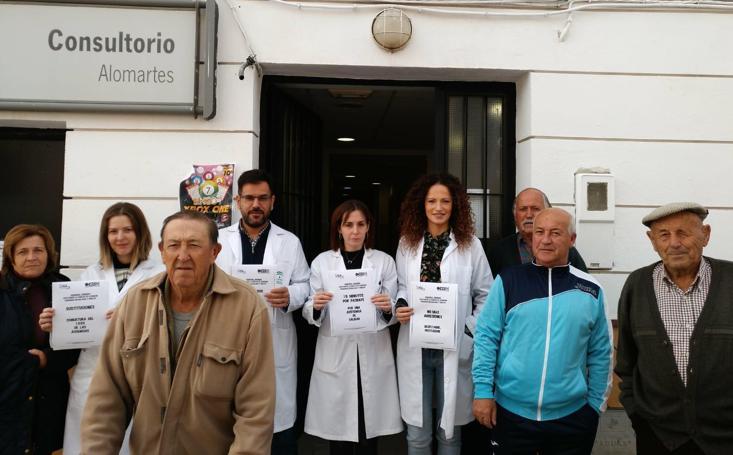 El seguimiento de la huelga de médicos de Atención Primaria en Granada y la concentración en Sevilla