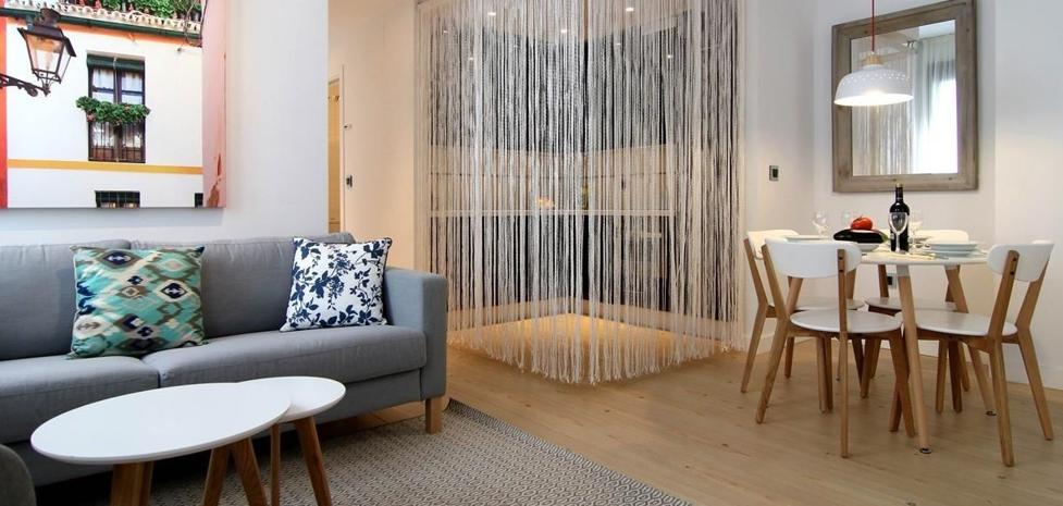 Llega a Granada la estafa del piso de alquiler que usa a Airbnb de gancho
