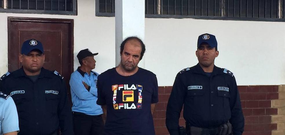 Un cura motrileño es detenido en Venezuela por abusos sexuales a una niña de doce años