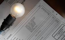 Los precios se moderan seis décimas en la recta final de año por la luz y los carburantes