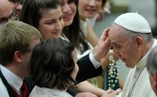 El Papa afirma que se pueden vender bienes de la Iglesia para ayudar a los pobres