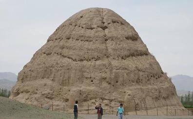 Las pirámides chinas fueron orientadas según la deriva de la Estrella Polar