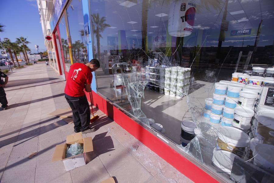 Asalto a la tienda de Pinturas Antequera en Motril