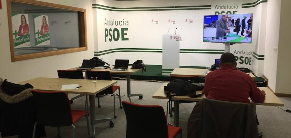 Incertidumbre en el PSOE por el efecto de la entrada de Vox en el reparto de escaños