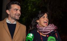 Teresa Rodríguez llega «con buenas sensaciones» a la Sala Cartuja para seguir la noche electoral