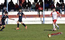 El UDC Torredonjimeno se lleva tres puntos de oro y asesta un golpe al Martos CD