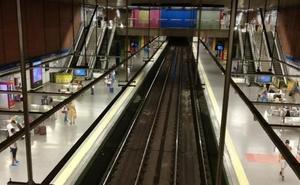 Mata a un indigente tras una pelea a golpes en el Metro de Madrid