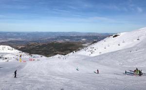 Sierra Nevada amplía sus áreas esquiables para el puente de la Inmaculada