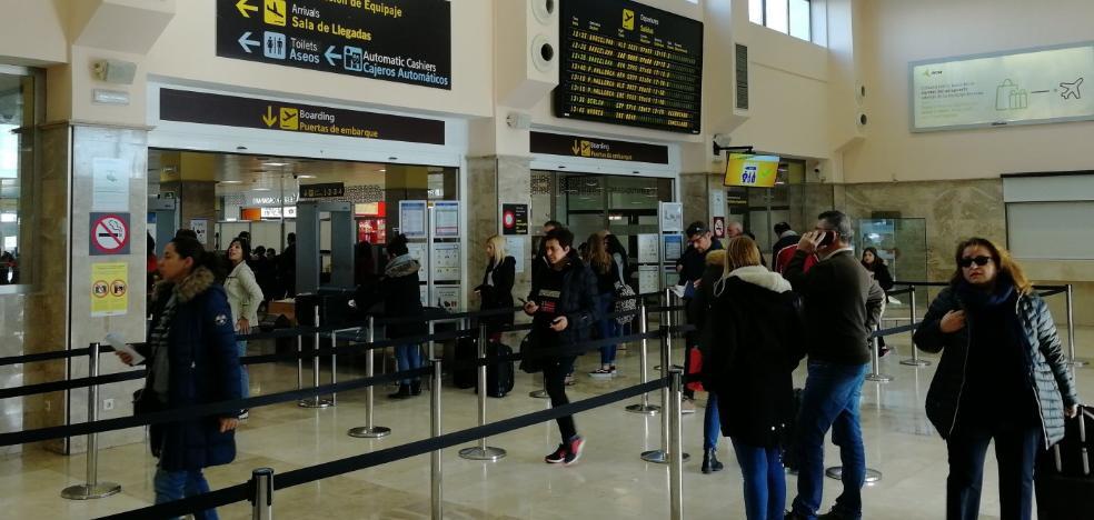 Fomento abre cinco investigaciones en el aeropuerto de Granada por 180 reclamaciones