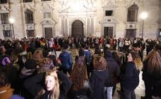Doscientas personas se concentran en Plaza Nueva para protestar por la sentencia de La Manada