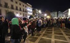 200 personas se concentran en Plaza Nueva para protestar por la sentencia de La Manada