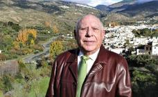 El juez de paz de Cádiar: «He tenido que evitar peleas a garrotazos»