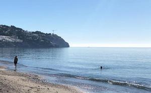 Las playas ofrecen un día de verano en pleno diciembre