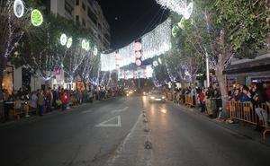 El Ayuntamiento reabre por la tarde la calle Roldán y Marín ante las quejas