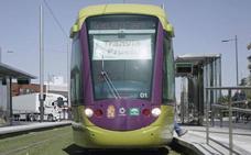 El alcalde critica que no haya reunión del tranvía y la Junta plantea acordar la fecha