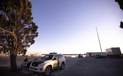 Un nuevo edificio para la Guardia Civil y una zona de camiones harán al puerto más seguro