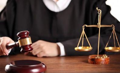 Una granadina, condenada a pagar a su exnovio los gastos que le costeó durante la relación