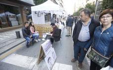 Gran ambiente en el domingo sin coches del centro de Granada