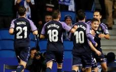 Los errores penalizan a la Real ante un Valladolid efectivo