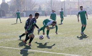 Albertillo afianza la reacción del Atlético Mancha Real