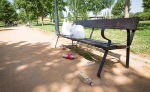 Encierran a dos menores por abusar presuntamente de una niña en coma etílico durante un botellón