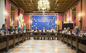 El alcalde resalta el trabajo de Granada para la Capitalidad Cultural frente al proyecto de Burgos: «Lo tiene muy complicado»