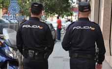 Detenido en Granada un joven con 26 pastillas de éxtasis, once bolsas de MDMA y un móvil robado