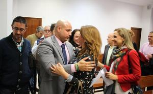 Los parlamentarios recogen sus actas sin saber aún cómo será el nuevo Gobierno andaluz