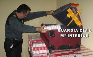 Intervienen casi 3.000 paquetes de tabaco de contrabando en el puerto en un mes