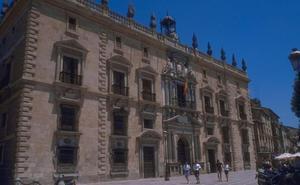 Los 43 acusados de defraudar prestaciones en Granada aceptan penas de entre 4 meses y dos años de cárcel