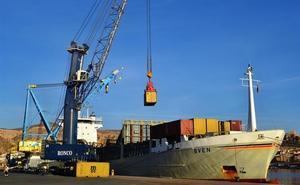 La naviera MSC comienza a operar en el Puerto de Almería tras alcanzar un acuerdo con Cosentino
