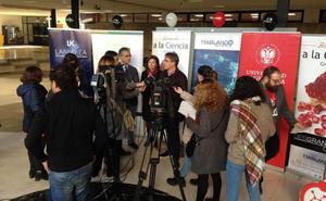 Más de 150 investigadores usarán curiosidades y juegos en Granada para divulgar ciencia