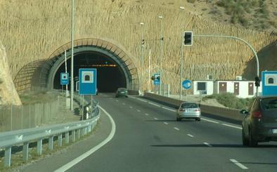 Los túneles de Bayyana y Aguadulce necesitan obras para adaptarse a la normativa