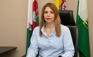 La alcaldesa de Huércal acusa al PP de hacer una denuncia falsa ante la Fiscalía por falta de información
