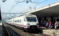 Adif licita tres gabinetes de circulación en Granada y Almería en la línea con Linares