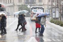 Lluvia y viento en Granada