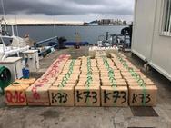Persecución marítima en La Herradura que acaba con 2.500 kilos de hachís incautados