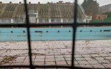 La piscina de Fuentenueva sigue cerrada y sin presupuesto