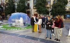 Más de 17.000 personas han visitado la burbuja de aire puro que ha recorrido todos los barrios de Granada